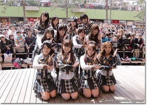【AKB48】今のメンバーが10年前と同じ場所でリリイベした画像を比較した結果【10年桜】