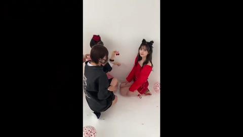 【NMB48】小嶋花梨プロデュース写真集の梅山恋和&山本望叶がオツヨイ!