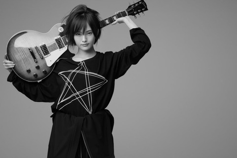 【朗報】山本彩×Yohji Yamamotoのコラボ決定!!!
