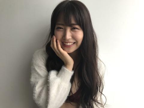 【動画】NMB48白間美瑠が対面座位でレイザーラモンHG並みの腰振りwww