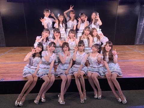 【AKB48】「僕の夏が始まる」初日公演反省会場