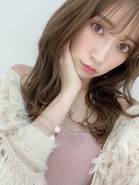 【朗報】NMB48吉田朱里、Ray1月号の表紙を飾る!!!