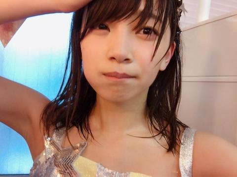 【AKB48】もえきゅんのつるつるなワキ(*´Д`)ハァハァ【後藤萌咲】