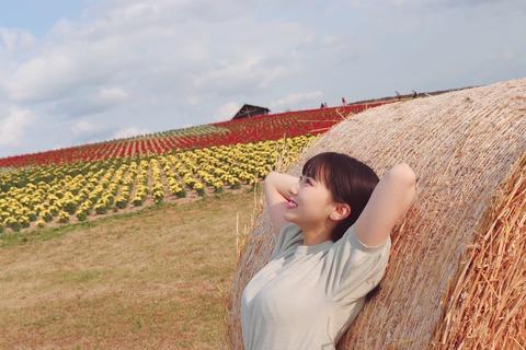 【朗報】HKT48田中美久さん、お久しぶりのお●ぱい攻撃!【みくりん】