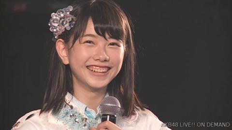【AKB48】えりぃ「臭いにおいを嗅ぐのが大好き、足の臭いとか」【千葉恵里】