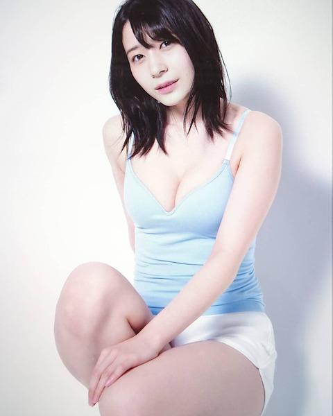 【AKB48】ゆかるんの「#超注目の100人」画像がエロい【佐々木優佳里】