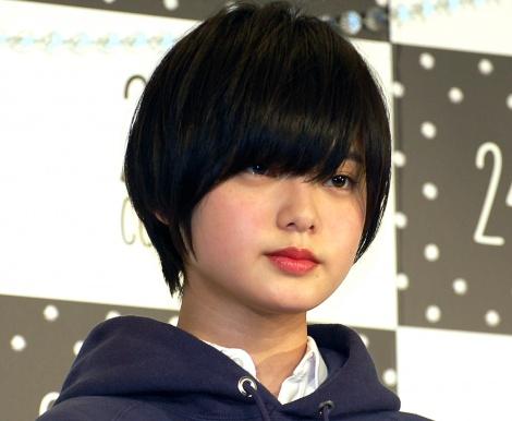 【定期】欅坂46平手友梨奈さん、右ひじ負傷で全国ツアー欠席www