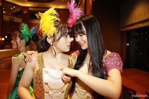 【悲報】NMB48白間美瑠さん、HKT48の後輩にセクハラwwwwww