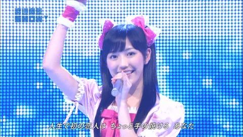 【AKB48】まゆゆ三大ソロ曲「シンクロときめき」「軟体恋愛クラゲっ娘」あと1つは?【渡辺麻友】