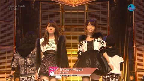 【AKB48】39th「Green Flash」初週売上991752枚+補正でミリオン確定