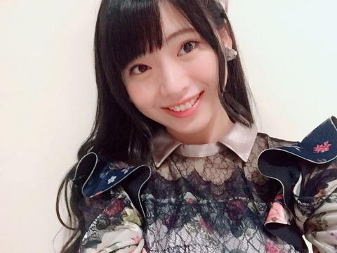 【AKB48】馬嘉伶って17歳なのに22時超えてSHOWROOM配信しているよね