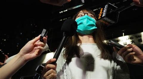 周庭ちゃん「拘束されている時にずっと欅坂『不協和音』(欅坂46)という日本語の唄の歌詞がずっと頭の中でかかっていました」