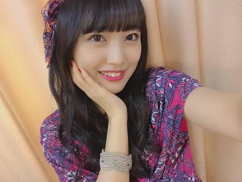 【動画】久保怜音ちゃんの真似してクネクネするみーおん可愛いwww【AKB48・向井地美音】