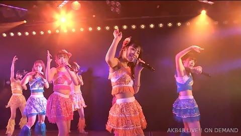 【悲報】AKB48チームK小林蘭の腹wwwwww