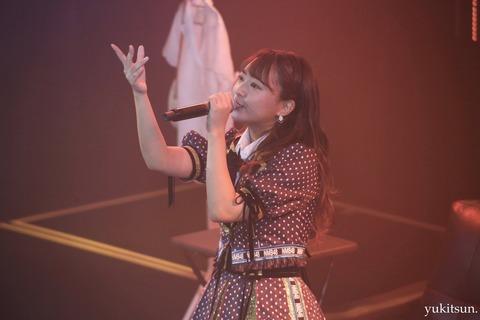 【悲報】NMB48山田寿々、冠ライブで卒業発表
