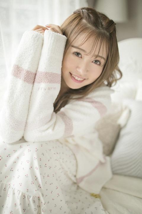【元HKT48】冨吉明日香の写真集が発売決定www
