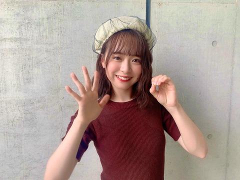 【AKB48】最新の倉野尾成美ちゃんのお〇ぱい!