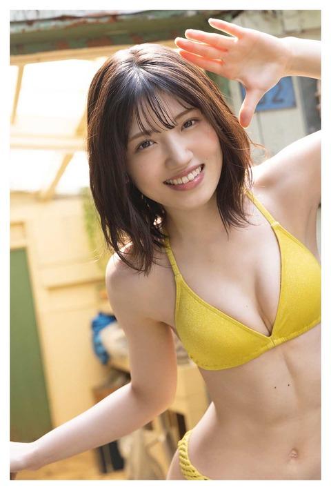 【AKB48】「腹筋美!」村山彩希(24)のセクシーグラビア!ビキニ姿でふっくら美バスト披露