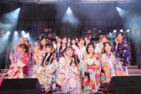 【AKB48】向井地…148㎝ 倉野尾…152㎝ 岡田武藤…155㎝ 村山岡部本田…158㎝