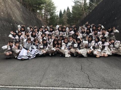 【悲報】AKB48チーム8、撮影可能タイムに「夕陽を見ているか」を披露したためYouTubeでソニーからのブロック祭り