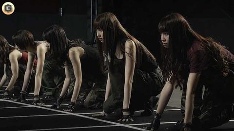 【悲報】AKB新アルバムに4曲の未収録曲が入らず