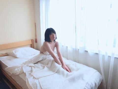 【NMB48】上西怜ちゃんのえちえち寝起きお〇ぱいキタ━━━(゚∀゚)━━━!!