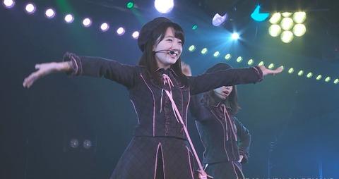 【AKB48】高橋希良ちゃんの破壊力が凄い「となりのバナナ」をご覧ください