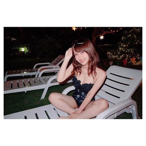 【AKB48】なぜこんなにもエロい体をしてる篠崎彩奈にグラビア仕事が来ないのか?