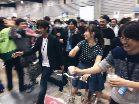 【AKB48】ついに小嶋陽菜が卒業しない理由が判明!!!