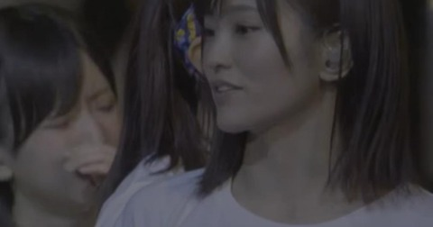 【NMB48】上西恵の卒業発表で泣き崩れる須藤凜々花・・・