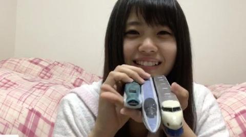 【朗報】STU48瀧野由美子が鉄子だった件