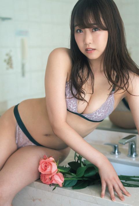 【NMB48】加藤夕夏の水着グラビアがエロ過ぎるwwwwww