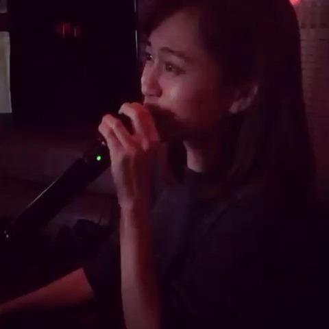【動画】カラオケでフライングゲットを踊るあっちゃんが可愛過ぎる!!!【前田敦子】
