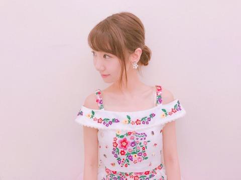 【AKB48】「#好きなんだ」発売記念ニコ生女子会に総選挙に出てない柏木由紀wwwwww
