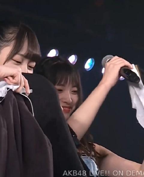 【画像】ひーわたん卒業公演でドラ2全員で制服ビキニキタ━━━(゚∀゚)━━━!!【AKB48・樋渡結依】