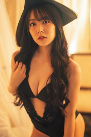 【NMB48】白間美瑠さん、パイレーツビキニという訳の分からん格好をさせられるwww