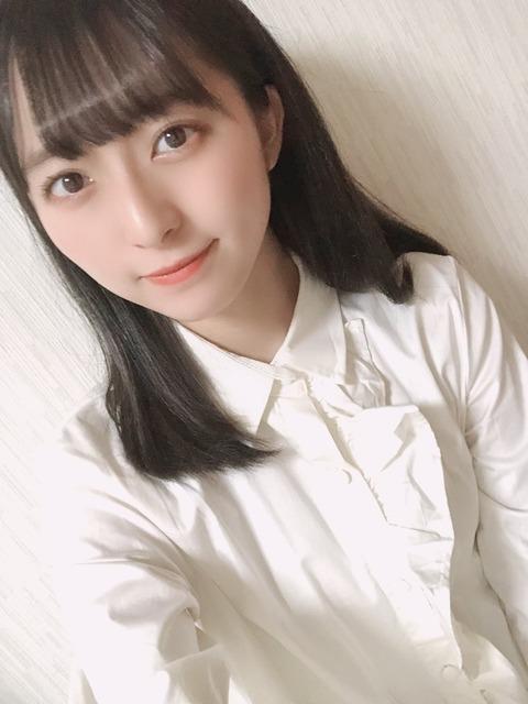 【STU48】今村美月って毎日2回計2時間くらいshowroomでキモヲタとチャットしてるけど、貴重な10代の時間無駄にし過ぎだろ