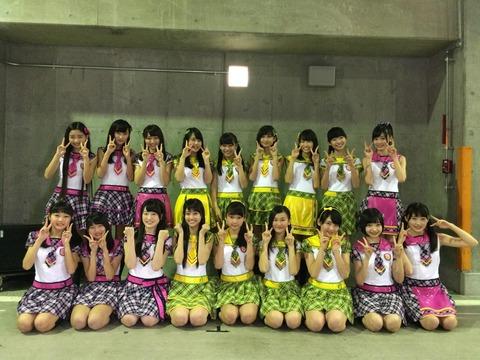 【AKB48】16期生の集合写真がくっそ微妙wwwwww