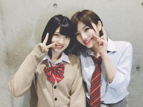【AKB48】篠崎彩奈「ゆうなぁが握手会で2日続けて双子コーデしてたけど岡田がゆいりーの分の衣装も用意しててそこまでやるかと嫌悪感を感じた」