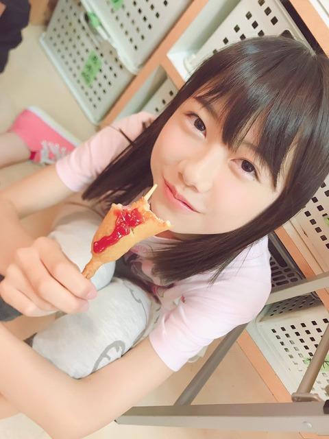 【AKB48】アメリカンドッグをもぐもぐしている千葉恵里が鬼可愛い!!!