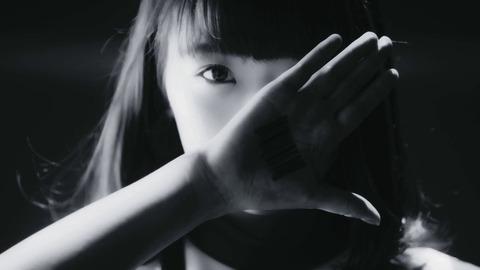 【悲報】秋元康、加藤夕夏の選挙センター曲「ダンスナンバーにしてください」の要望をガン無視【ネクストガールズ】