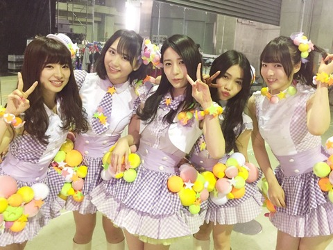【悲報】ゆかるん、12期のLINEトークに入ってなかったwww【AKB48・佐々木優佳里】