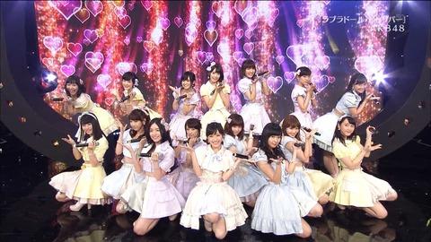【AKB48】今思えば何故前田卒業後に、まゆゆをセンターに固定しなかったのか?