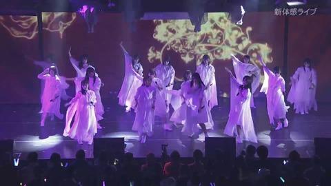 【朗報】AKB48G・TDCホールライブ、NTTドコモ「新体感ライブ」 が高画質! 毛穴までクッキリ