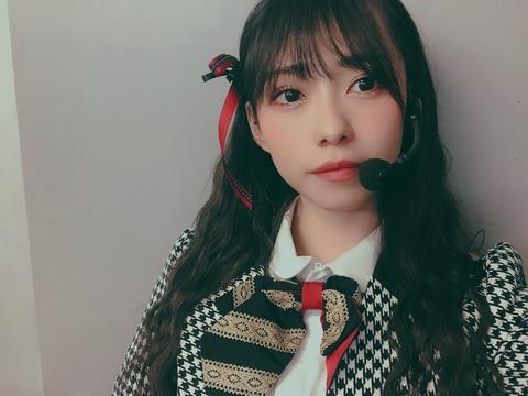【悲報】石塚朱莉さん「NMB48になりたい」と咽び泣く