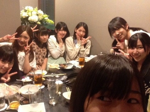 【驚愕】AKB48メンバーの母親達にも同期会が存在した!