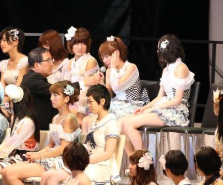 昨日の篠田卒業発表時の総監督www
