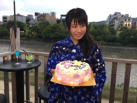 【AKB48】ゆいはんはいつまで我慢すればシングル表題曲のセンターになれるのか?【横山由依】