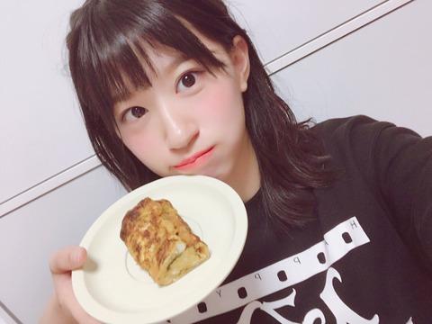 【悲報】NMB48上西怜ちゃんが卵焼き作りに挑戦!→スポンジのような卵焼きにwww