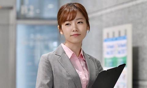 【画像】女優の島崎遥香さんこと ぱるるちゃんがめっちゃ可愛いwww